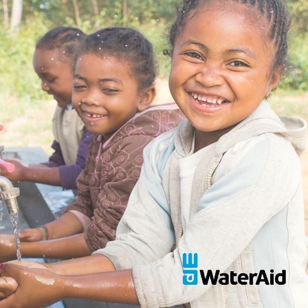 我們和 WaterAid 合作,每當您購買我們的產品時,我們會捐助 HKD 10 (£ 1) 到 WaterAid ,讓更多的孩子可以追求夢想。⠀_____________⠀⠀了解有機原色棉對 BB的好處 - 連結在 » @thepetitsoldierhk⠀.⠀#organiccotton #thepetitsoldierhk #primarycotton #organiccotton #thepetitsoldierhk #primarycotton #loveyourmum #organicfashion #sustainablefashion #ootd #babyootd #thebloomforum #babyfashion #theselifemoments #montherhood #有機 #有機棉花 #原色棉 #有機嬰兒用品 #英國 #嬰兒 #零污染 #初生衣服 #bb衫 #有機bb衫 #wateraid